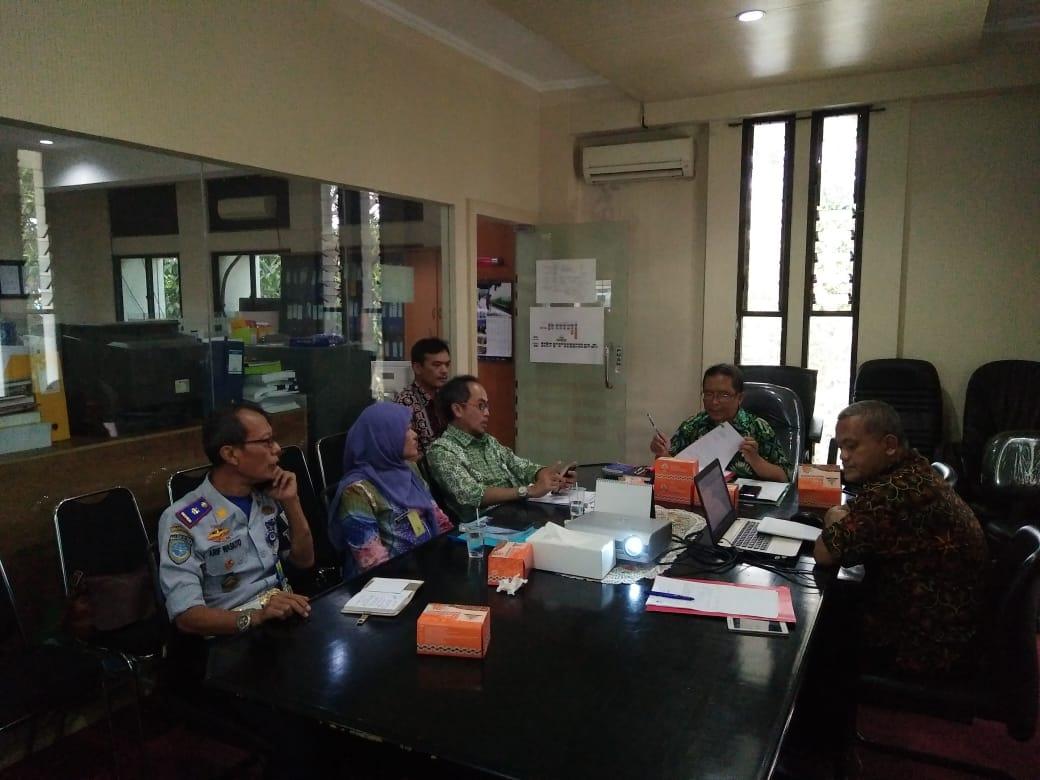 Preview Bagian Hukum melakukan rapat pembahasan perubahan raperwal tentang Petunjuk Pelaksanaan Perda No. 4 Tahun 2011 tentang Penataan dan Pembinaan Pedagang Kaki Lima