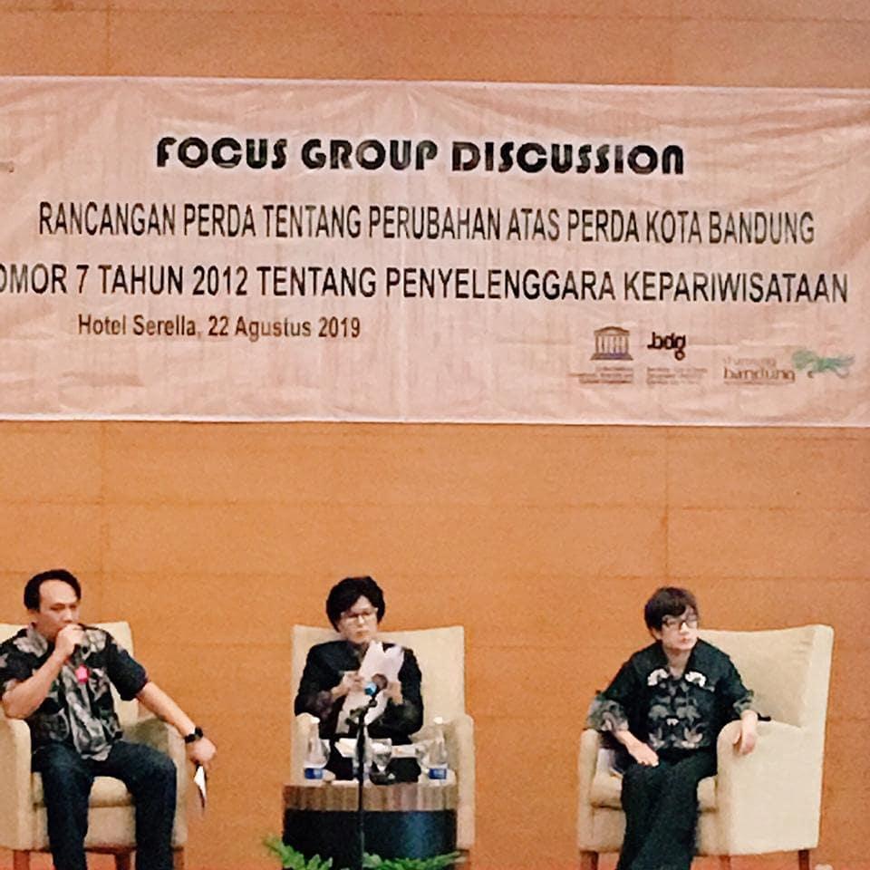Preview FOCUS GROUP DISCUSSION RANCANGAN PERDA TENTANG PERUBAHAN ATAS PERDA KOTA BANDUNG NOMOR 7 TAHUN 2012. KAMIS, 22 AGUSTUS 2019