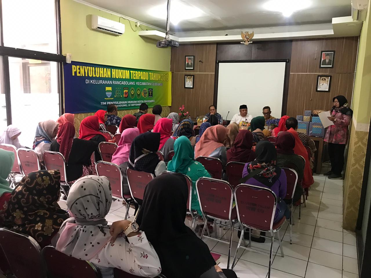 Preview PENYULUHAN HUKUM TERPADU TAHUN 2019 DI KELURAHAN RANCABOLANG KECAMATAN GEDEBAGE. JUMAT, 27 SEPTEMBER 2019.