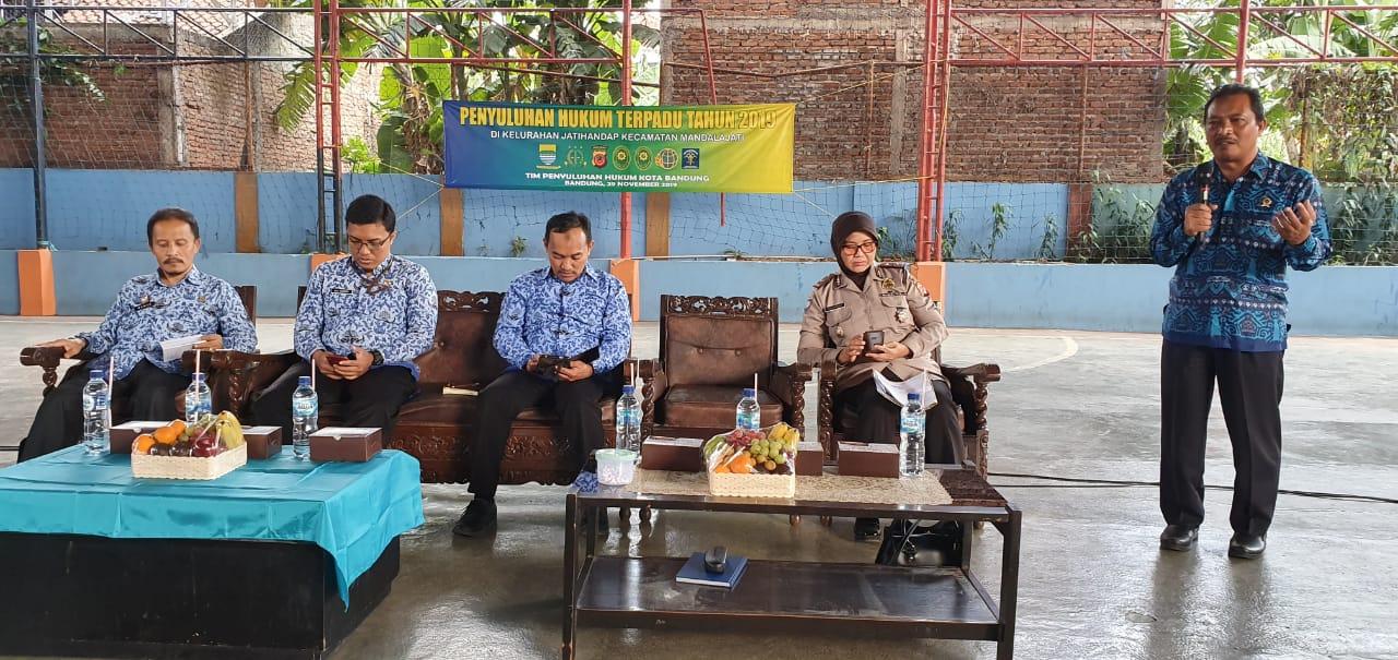 Preview PENYULUHAN HUKUM TERPADU TAHUN 2019 DI KELURAHAN JATIHANDAP KECAMATAN MANDALAJATI. JUMAT, 29 NOVEMBER 2019.