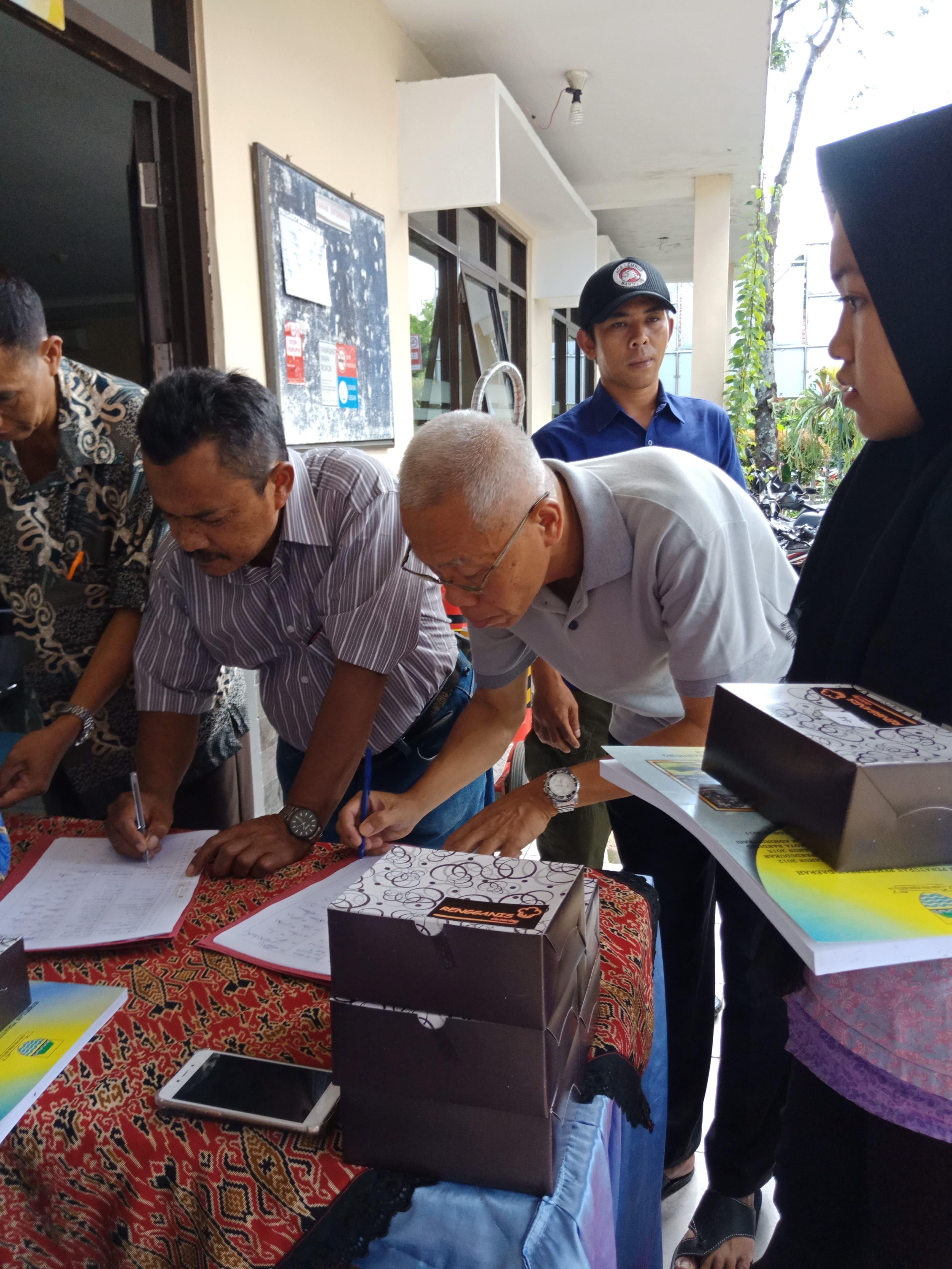Preview PENYULUHAN HUKUM TERPADU PADA WARGA KELURAHAN GUMURUH, KOTA BANDUNG, 29 MARET 2019
